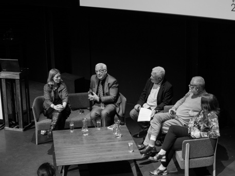 City talk and public discussion. Photo by Ralph Titmuss