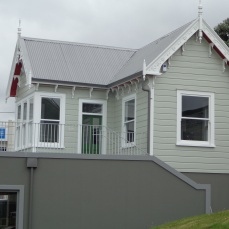 Groundsman's cottage at Basin Reserve