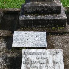 Grave of architect Frederick de Jersey Clere